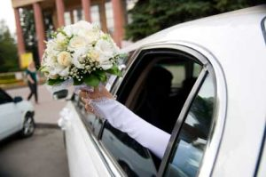 Houston Wedding Limo Rentals, Limousine, Sedan, Party Bus, Shuttle, Charter, Bride, Groom, Classic, Vintage, Antique, White Rolls Royce Bentley, One Way, Bridal Party, Groomsmen, Cadillac Escalade, Lincoln