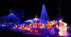 Fort Worth Christmas Lights Tour Bus Rentals, Limo, Limousine, Sedan, Van, SUV, Party Bus, Shuttle, Charter, Spirit, Holiday, Trail of Lights, Santa, Dallas, December Nights