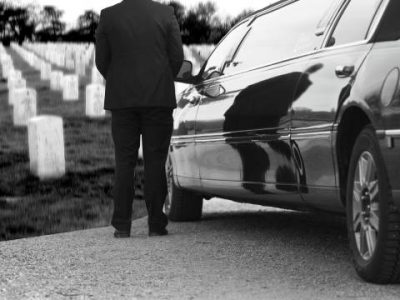 Fort Worth Funeral Limo Service, cemetery, mortuary, black limousine, charter, shuttle, sedan, SUV, transportation, wake, viewing, memorial, Sprinter van, procession, funeral home