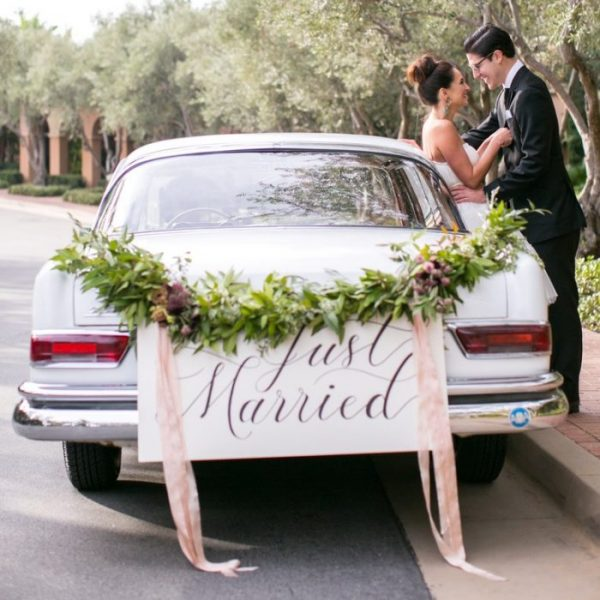 Fort Worth Wedding Getaway Car, Limo Rental, Sedan, Party Bus, Shuttle, Charter, Bride, Groom, Classic, Vintage, Antique, White Rolls Royce Bentley, One Way, Limousine