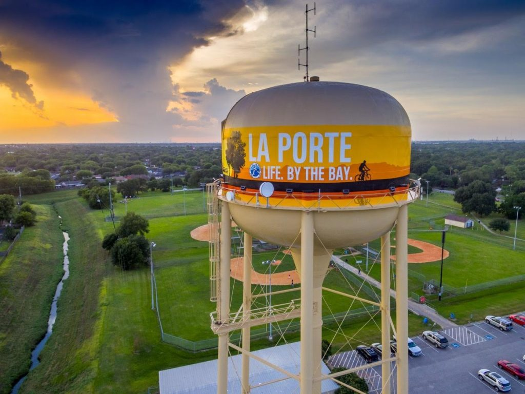 La Porte Party Bus Rental Services Company, Limo, Limousine, Shuttle, Charter, Birthday, Bachelor, Bachelorette Party, Wedding, Funeral, Brewery Tours, Winery Tours, Houston Rockets, Astros, Texans