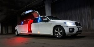 Jacinto City Limousine Services, Limo, Chrysler 300, Lincoln, Cadillac Escalade, Excursion, Hummer, SUV Limo, Shuttle, Charter, Birthday, Bachelor, Bachelorette Party, Wedding, Funeral, Brewery Tours, Winery Tours, Houston Rockets, Astros, Texans